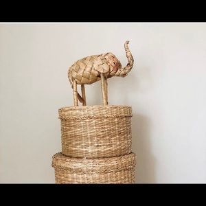 Accents - Small woven elephant